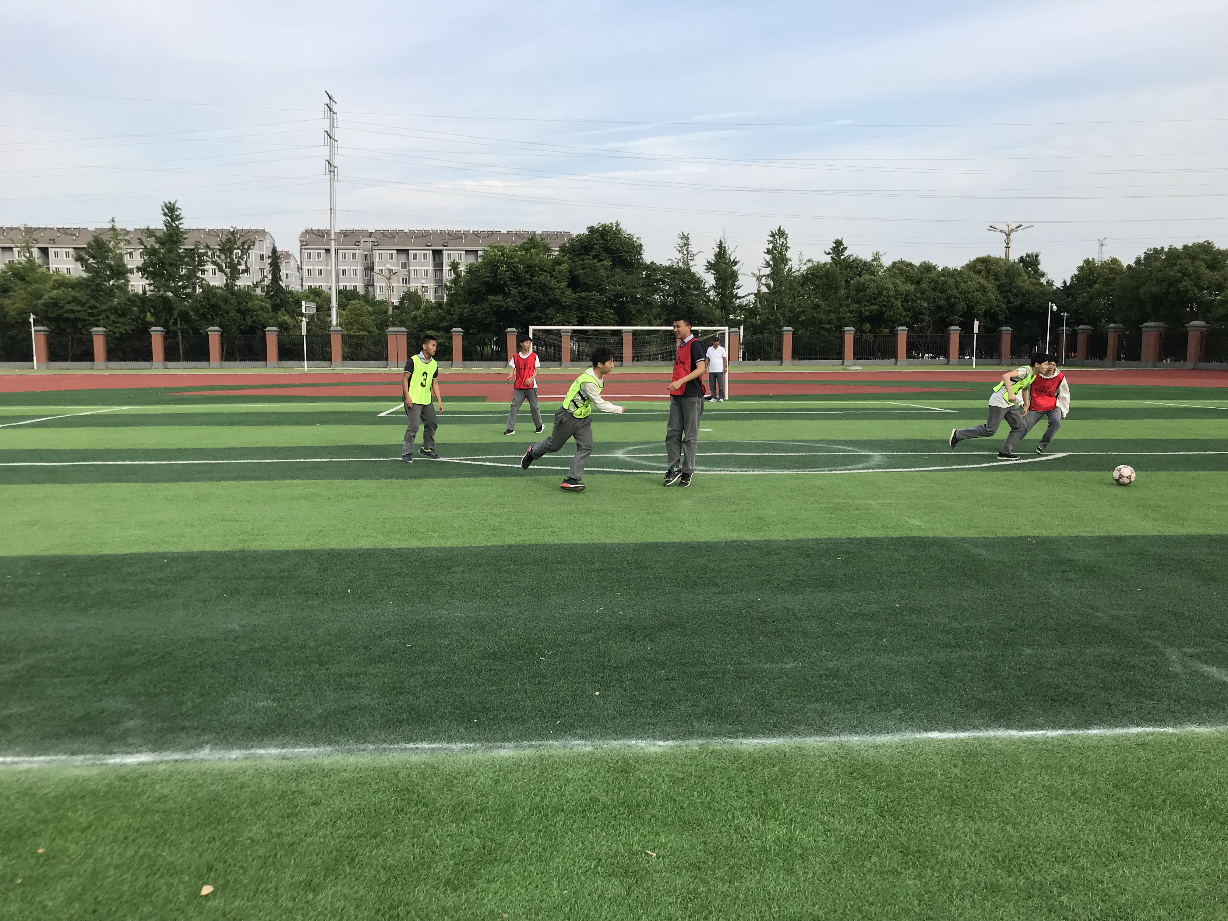 青白江足球联赛_西班牙足球甲级联赛直播_武林足球经理2 同一个联赛